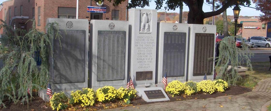 Southington_World_War_11-Korea-Vietnam_monument
